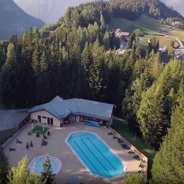 piscine-doucy-valmorel-stage club faistesvacances